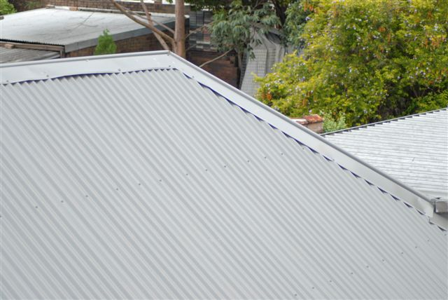 Metal roof for solar pv system installation