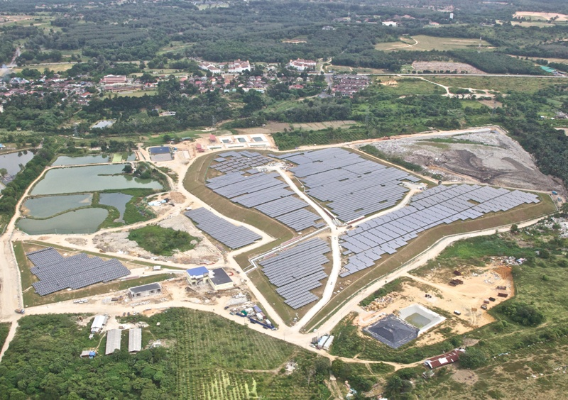 LG panels at Malaysian farm