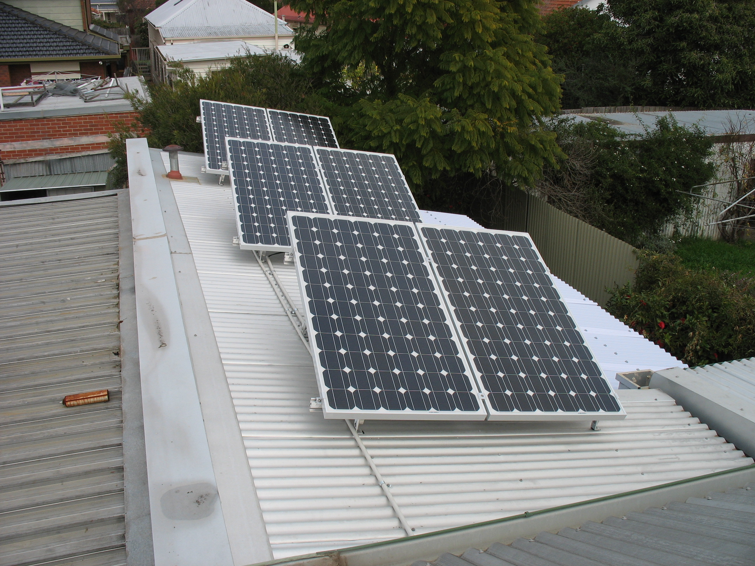A typical 1.5kw solar system from 2009 with SMA SunnyBoy inverter