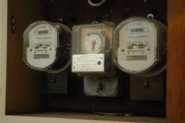 Decide on the type of meter after consulting your solar dealer/installer