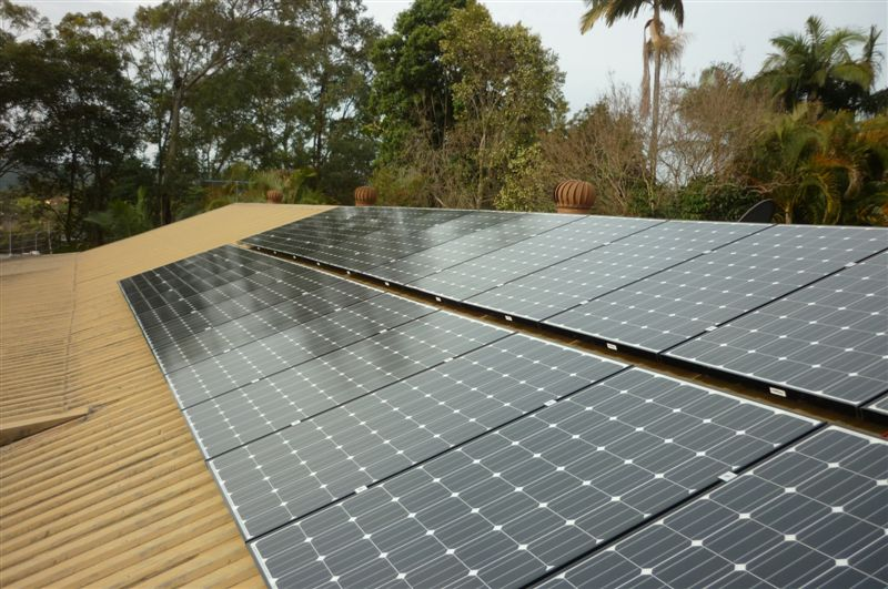All LG solar modules in Australia have black frames